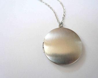 Plain silver locket necklace Custom length Round locket Sterling silver Medium locket Long necklace Short necklace Photo locket Large locket