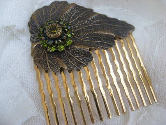 Antiqued Leaf Gold and Crystal Hair Comb