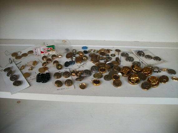Vintage Mostly Metal Button Lot from Rustysecrets