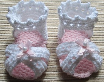 Instant Download Number 58 KNITTING PATTERN Baby Girl Sandals 0-3, 3-6, 6-9 Months