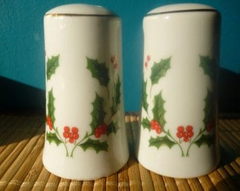 Vintage Holly, Christmas Salt and Pepper Shakers