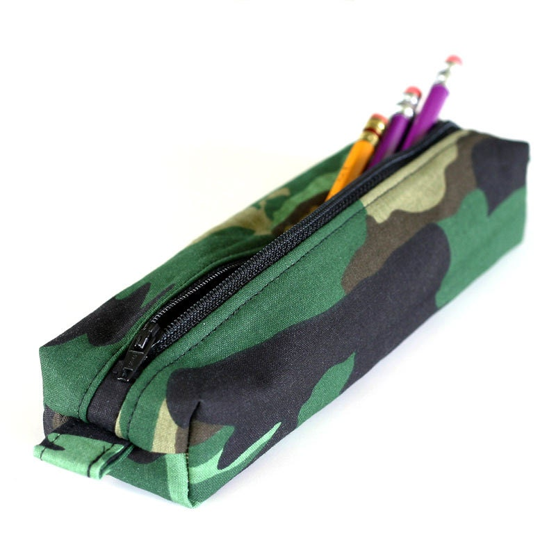 Rough Enough Multi-Function CORDURA Soft Polyester Portable Fashion Large Pencil Shop Best Sellers · Deals of the Day · Fast Shipping · Read Ratings & Reviews.
