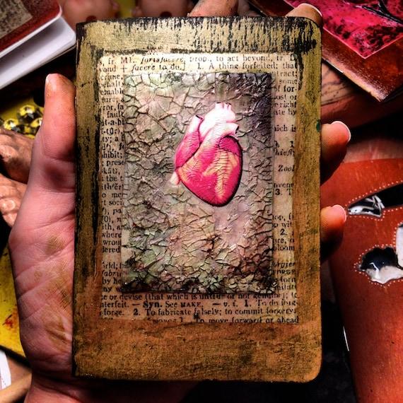 Cracked Anatomical Heart - LuckyGirl Eleven Pocket Journal