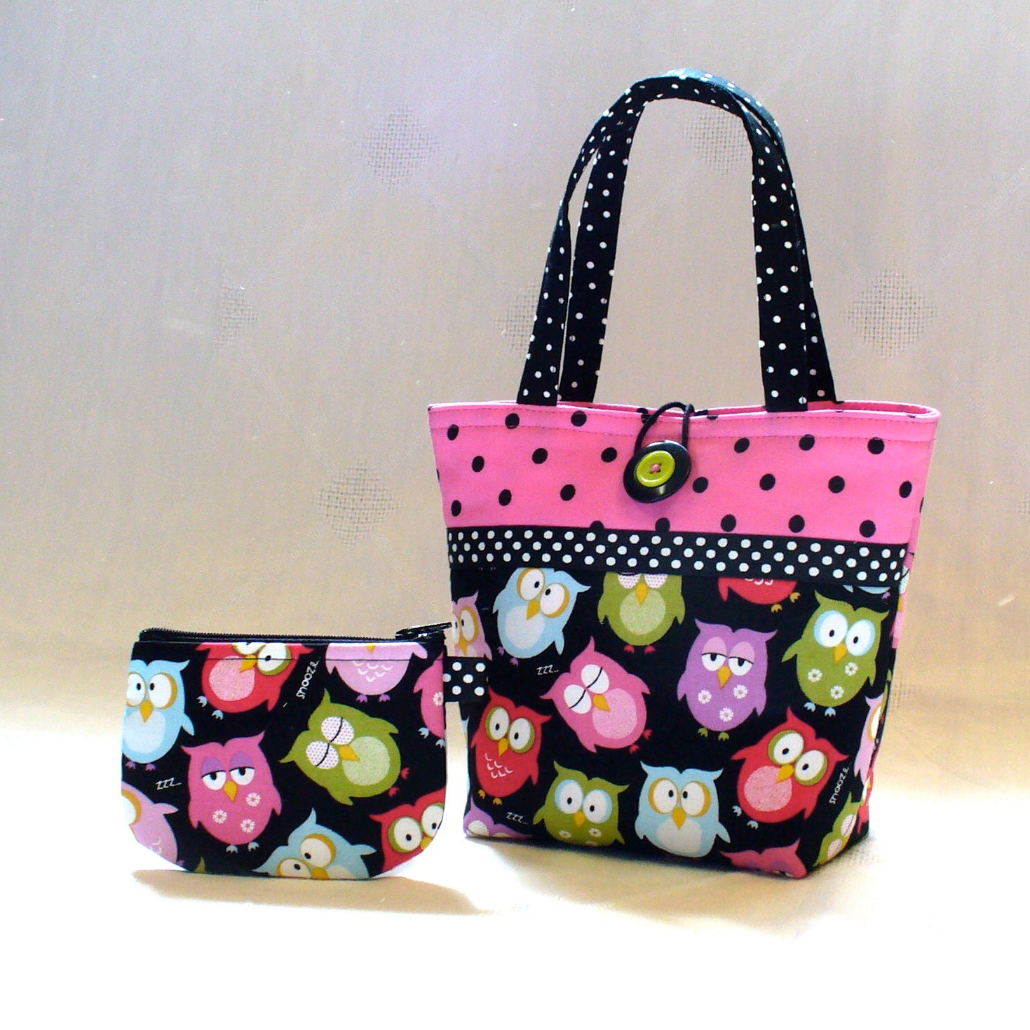 Jan 14,  · A Cute Little Patchwork Bag Do you love sewing cute little bags. as much as I do? The little bag is so cute and I love the fabric also! January 15, at AM aztel said So sweet!! Karen in Breezy Point January 15, at AM PamKittyMorning said Author: Bee In My Bonnet.