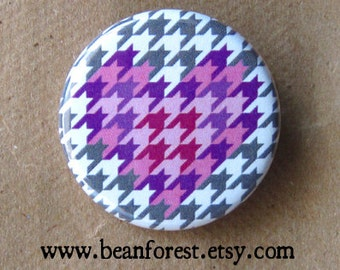 houndstooth heart - pinback button badge