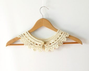Cream Lace Collar Necklace Irish Style