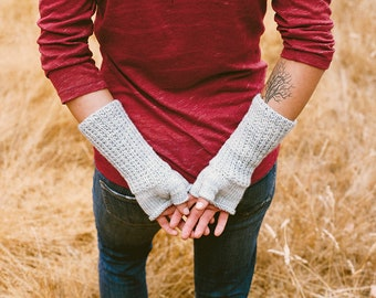 KNITTING PATTERN // Rathtrevor // beaded rib fingerless mittens -- PDF