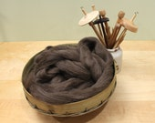 Icelandic Wool - Natural Brown - Undyed Roving for Spinning or Felting (8 oz)