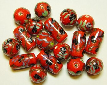 India Glass Flower Beads Red with Mixed Shapes 14mm