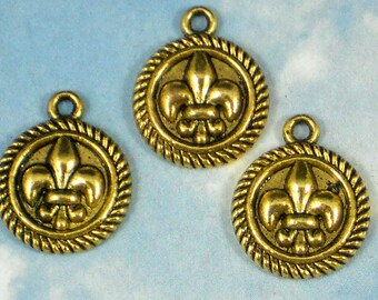 BuLK 40 Fleur de Lis Charms NOLA Antique Gold Tone Rope Edge Disks (P171 -40)