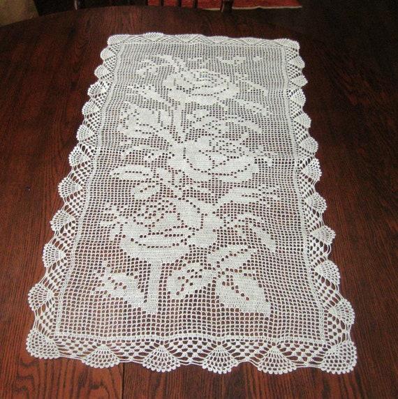 Free Crochet Patterns For Dresser Scarves : Vintage Filet Crochet Dresser Scarf Doily Table Topper Roses