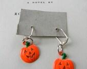 SPOOKY vintage Pumpkin Jack o Lantern Halloween earrings