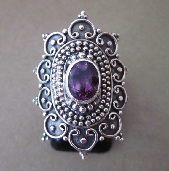 Balinese  Sterling Silver Traditional style Amethyst Ring / Size : 8.5 ready to ship / silver 925 / Bali jewelry
