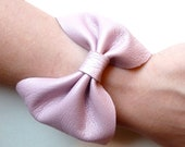 Bow bracelet in shimmering light pink genuine Italian leather- Valentine's gift -  Size SMALL
