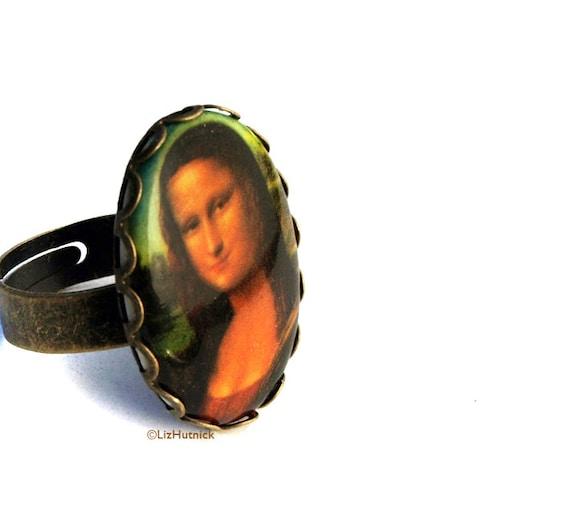 Mona Lisa Ring. Vintage Cabochon. Adjustable Ring. Art Portrait Ring. Old Masters