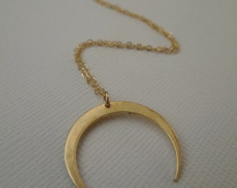 gold crescent necklace, gold moon, brass crescent, large crescent horn, gold pendant, simple pendant necklace, everyday necklace, N194