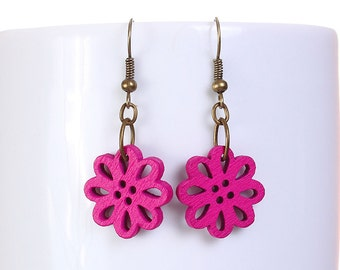 Hot pink wood flower drop earrings (572) - Flat rate shipping
