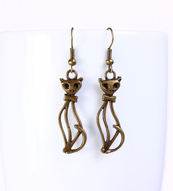 Antique brass cat drop dangle earrings (555) - Flat rate shipping