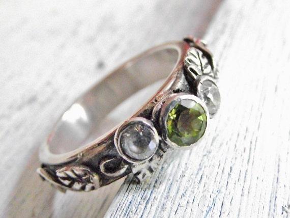Fine Silver Ring Peridot Gemstone Ivy Leaf Design Metal Clay