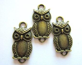 10 Bronze owl jewelry connectors earring dangles antique bronze owl pendants  26mm 13mm