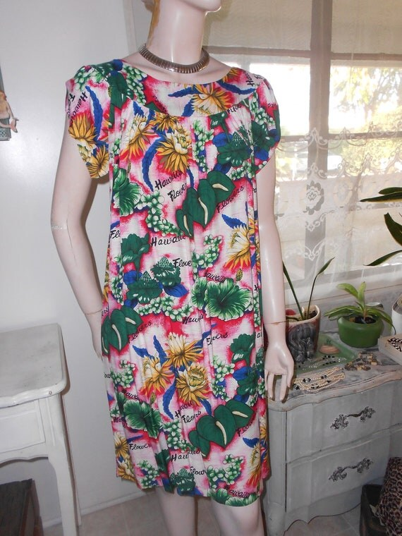 1960's Bright Colored, Rayon, Woman's Hawaiian Dress/MuuMuu- Size M-L