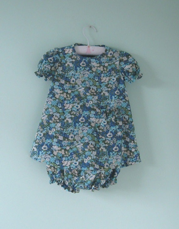 Pretty liberty dress and knickers set to suit a 1 year old