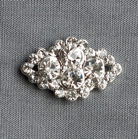 10 Rhinestone Buttons Diamond Square Diamante Crystal Flower Comb Wedding Invitation Scrapbooking Ring Pillow Napkin Ring BT090
