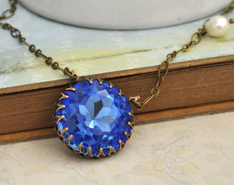 SAPPHIRE vintage blue glass jewel necklace in antique brass