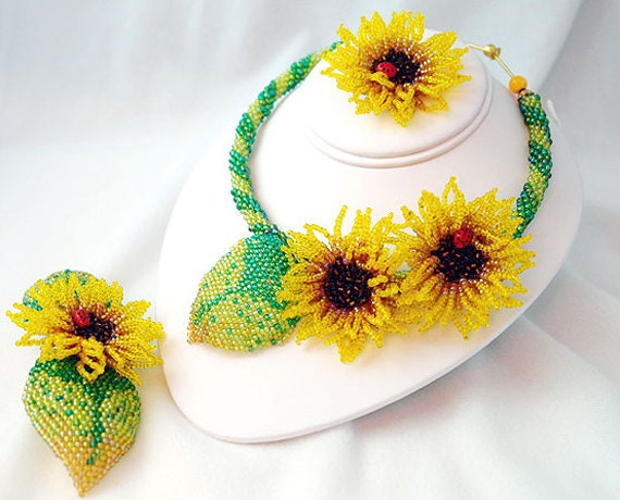 Sunflowers Beaded Jewelry Set