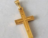 Sweet Tiny Vintage Cross - GF Pendant - Charm M452