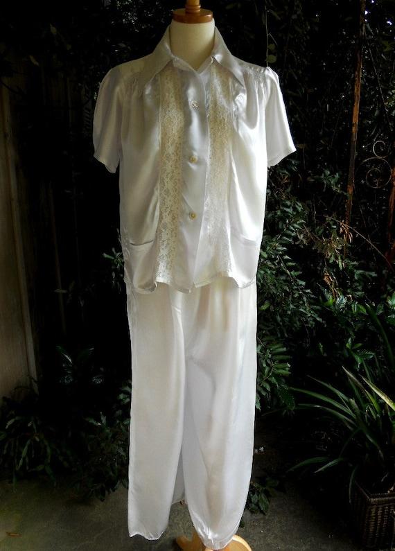 CLOSING SALE Vintage 1940s Miss Anida satin lounging pajamas wide legs Medium