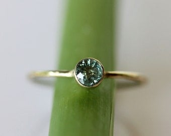 Green Sapphire 14K Gold Ring, Gemstone RIng, Stacking RIng - Made To Order