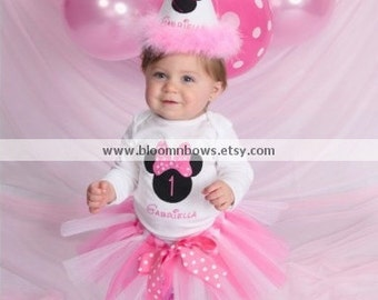 Minnie Mouse Birthday Tutu Set in Bubble Gum Pink and White.   Set  includes tutu, embroidered top, and boutique birthday hat.