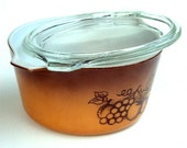 Vintage Pyrex Orchard Pattern, 1 Quart Round Casserole with Cover, Seventies Estate