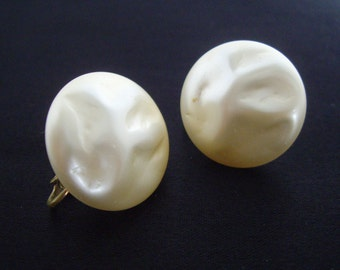 Large Round White Faux Pearl Earrings, Faux Pearl, Textured, Clip On, Screw Back, Richelieu, Women's Ladies Costume Jewelry