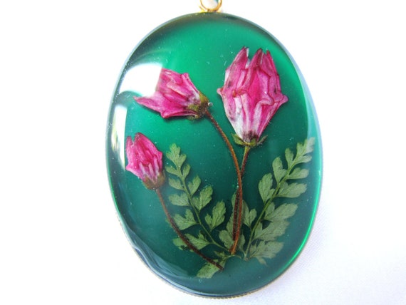 Bewitched in Green , Pressed Flower Pendant, Real Flowers, Resin (1083)