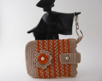 Best Buddy Pouch in Dark Natural and Orange fully lined