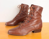 1980s Lace Up Ankle Boots / Brown Leather Eyelet Granny Booties - Womens 6.5 - Low Heel Tall Oxford Grunge Fall Lace Ups