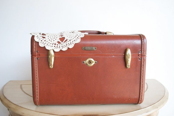 Vintage Samsonite Leather Train Case STYLE 4912 by Shwayder Bros / Mahogany