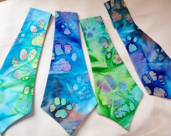 Tie Dyed Necktie for Dogs With Paw Prints