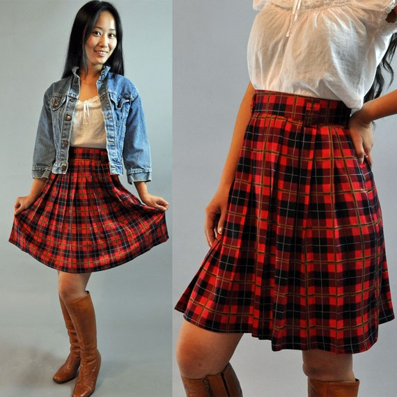 80s vintage PLEATED SKIRT / Schoolgirl Skirt / high waisted