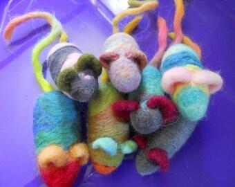 Catnip Toy Needle Felted Wool Catnip Mouse
