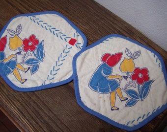 2 Darling pot holders Quilted stars Vintage Fabric