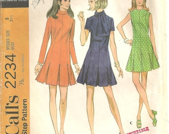 Vintage McCalls Pattern 2234 Pleated Dress sz 8