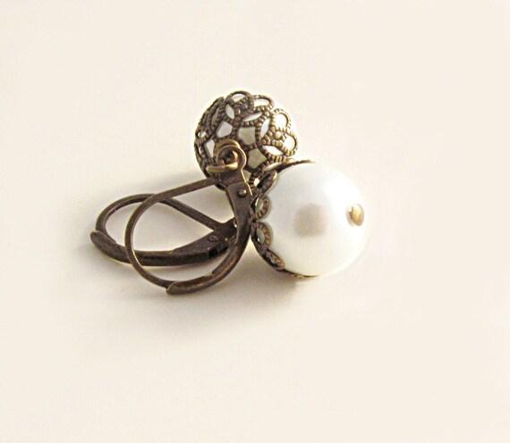 Pearl Acorn Earrings Swarovski Pearl Earrings White Pearl Earrings Bridal Jewelry Nature Autumn Harvest - Elegant Acorn