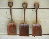 Vintage Collection 3 Rusty Sand Shovels Kids Beach Garden
