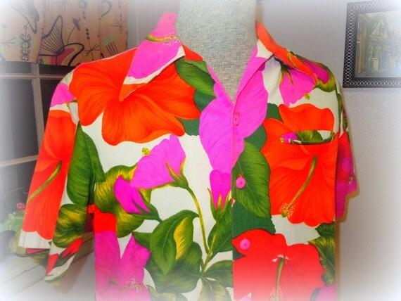 SALE Summer Down Under Vintage 1960s MENS Pink Hibiscus Barkcloth Hawaiian Tiki Shirt -- Size M/L - Holiday Gifts