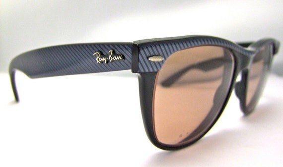 Sale/was 95 now 75 Blue RAY BAN Wayfarer  11  Sunglasses USA with case