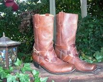 Mens 70s Boots /Vintage Boots /Motorcycle Boots/Leather Boots/Vintage Leather Boots in by Dingo Style in Brown Leather by Cavalier Size 10D