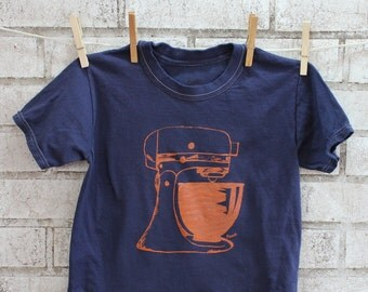 Children's Mixer Tshirt, Baking Tee Shirt, kids cotton crewneck  In Navy, Short Sleeved, Summer Clothing, Little Baker, Toddler Tshirt